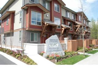 "Photo 2: 39 40653 TANTALUS Road in Squamish: Tantalus Townhouse for sale in ""TANTALUS CROSSING"" : MLS®# R2446909"