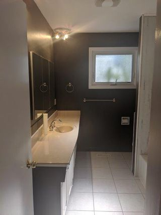 Photo 12: 32 Flagstone Crescent in St. Albert: House for rent