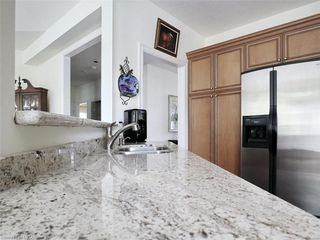 Photo 16: 97 TYNEDALE Avenue in London: North L Residential for sale (North)  : MLS®# 260878