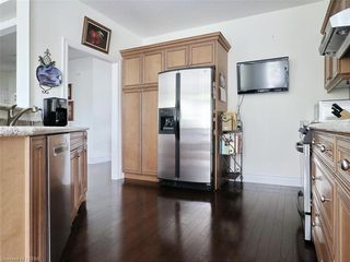 Photo 14: 97 TYNEDALE Avenue in London: North L Residential for sale (North)  : MLS®# 260878