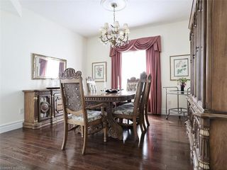 Photo 10: 97 TYNEDALE Avenue in London: North L Residential for sale (North)  : MLS®# 260878