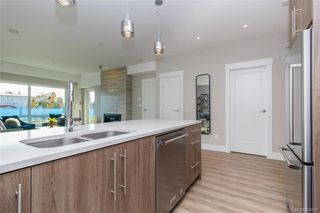 Photo 16: 206 2500 Hackett Cres in Central Saanich: CS Turgoose Condo Apartment for sale : MLS®# 830537