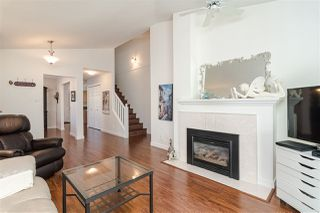 """Photo 5: 109 8737 212 Street in Langley: Walnut Grove Townhouse for sale in """"CHARTWELL GREEN"""" : MLS®# R2487991"""