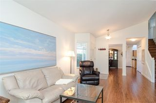 """Photo 6: 109 8737 212 Street in Langley: Walnut Grove Townhouse for sale in """"CHARTWELL GREEN"""" : MLS®# R2487991"""
