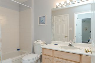 """Photo 25: 109 8737 212 Street in Langley: Walnut Grove Townhouse for sale in """"CHARTWELL GREEN"""" : MLS®# R2487991"""