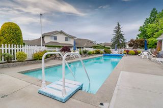 """Photo 38: 109 8737 212 Street in Langley: Walnut Grove Townhouse for sale in """"CHARTWELL GREEN"""" : MLS®# R2487991"""