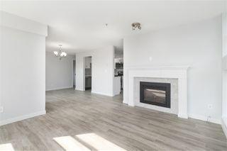"""Photo 3: 301 12025 207A Street in Maple Ridge: Northwest Maple Ridge Condo for sale in """"Atrium"""" : MLS®# R2494930"""