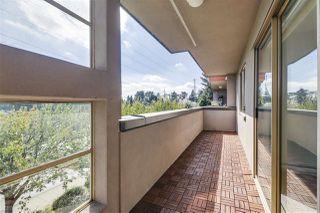 """Photo 7: 301 12025 207A Street in Maple Ridge: Northwest Maple Ridge Condo for sale in """"Atrium"""" : MLS®# R2494930"""
