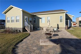 Photo 3: 184 Settlers Trail in Lorette: R05 Residential for sale : MLS®# 202027363