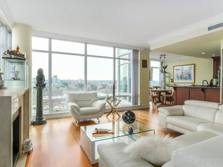 "Photo 6: 1801 1515 HOMER Mews in Vancouver: Yaletown Condo for sale in ""KINGS LANDING"" (Vancouver West)  : MLS®# R2521123"