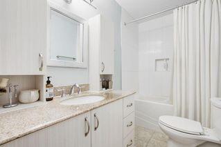 Photo 34: 2117 + 2119 4 AV NW in Calgary: West Hillhurst House for sale : MLS®# C4238056
