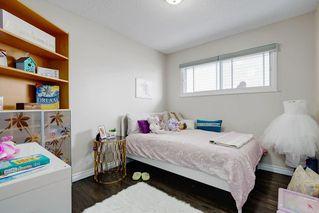 Photo 15: 2117 + 2119 4 AV NW in Calgary: West Hillhurst House for sale : MLS®# C4238056