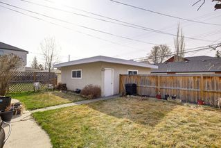 Photo 37: 2117 + 2119 4 AV NW in Calgary: West Hillhurst House for sale : MLS®# C4238056