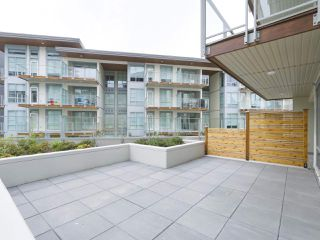 "Photo 11: 107 1768 GILMORE Avenue in Burnaby: Brentwood Park Condo for sale in ""Escala"" (Burnaby North)  : MLS®# R2398718"