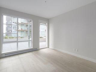 "Photo 6: 107 1768 GILMORE Avenue in Burnaby: Brentwood Park Condo for sale in ""Escala"" (Burnaby North)  : MLS®# R2398718"