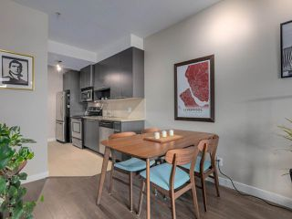 "Photo 8: 309 707 E 20TH Avenue in Vancouver: Fraser VE Condo for sale in ""BLOSSOM"" (Vancouver East)  : MLS®# R2404449"