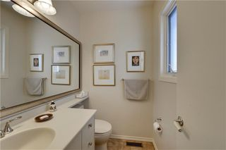 Photo 16: 2336 LONGRIDGE Drive SW in Calgary: North Glenmore Park Detached for sale : MLS®# C4272133