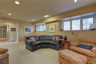 Photo 23: 2336 LONGRIDGE Drive SW in Calgary: North Glenmore Park Detached for sale : MLS®# C4272133
