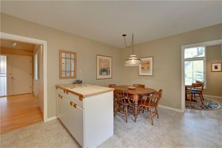 Photo 13: 2336 LONGRIDGE Drive SW in Calgary: North Glenmore Park Detached for sale : MLS®# C4272133