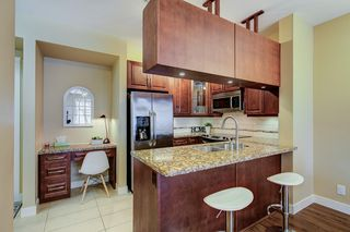 "Photo 5: 201 12525 190A Street in Pitt Meadows: Mid Meadows Condo for sale in ""Cedar Downs"" : MLS®# R2447084"