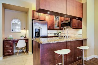 "Photo 6: 201 12525 190A Street in Pitt Meadows: Mid Meadows Condo for sale in ""Cedar Downs"" : MLS®# R2447084"