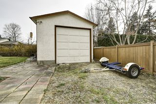 Photo 35: 1651 Blondeaux Crescent in Kelowna: Glenmore House for sale (Central Okanagan)  : MLS®# 10202415