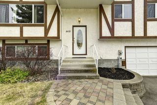 Photo 3: 1651 Blondeaux Crescent in Kelowna: Glenmore House for sale (Central Okanagan)  : MLS®# 10202415