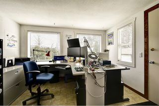 Photo 12: 1651 Blondeaux Crescent in Kelowna: Glenmore House for sale (Central Okanagan)  : MLS®# 10202415