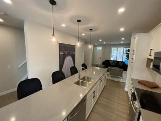 Photo 5: 9111 65 Avenue in Edmonton: Zone 17 House for sale : MLS®# E4221417