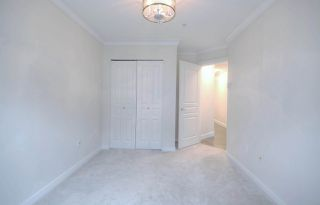 "Photo 13: 509 2968 SILVER SPRINGS Boulevard in Coquitlam: Westwood Plateau Condo for sale in ""TAMARISK"" : MLS®# R2525717"