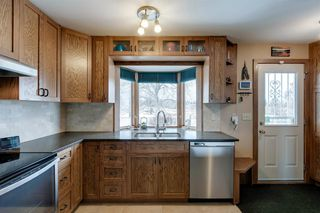Photo 13: 220 Hunterbrook Place NW in Calgary: Huntington Hills Detached for sale : MLS®# A1059526