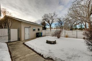 Photo 36: 220 Hunterbrook Place NW in Calgary: Huntington Hills Detached for sale : MLS®# A1059526
