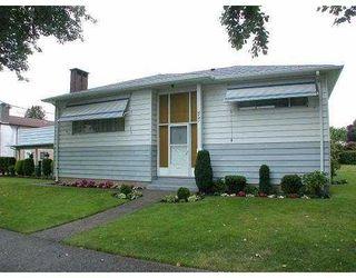 """Photo 1: 3181 E 54TH ST in Vancouver: Killarney VE House for sale in """"KILLARNEY"""" (Vancouver East)  : MLS®# V544733"""