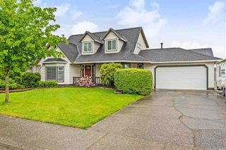 Main Photo: 5836 188 Street in Surrey: Cloverdale BC House for sale (Cloverdale)  : MLS®# R2392872