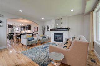 Photo 2: 10721 122 Street in Edmonton: Zone 07 House Half Duplex for sale : MLS®# E4184478