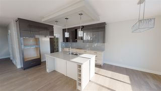 Photo 10: 7913 174A Avenue in Edmonton: Zone 28 House for sale : MLS®# E4185463