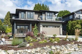 "Main Photo: 2271 FULTON Avenue in West Vancouver: Dundarave House for sale in ""Dundarave"" : MLS®# R2435072"
