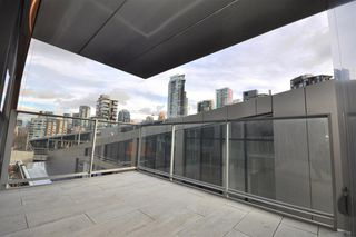 "Photo 15: 1002 1480 HOWE Street in Vancouver: Yaletown Condo for sale in ""VANCOUVER HOUSE"" (Vancouver West)  : MLS®# R2451424"