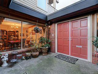 Photo 8: 161 2345 Cedar Hill Cross Rd in Oak Bay: OB Henderson Row/Townhouse for sale : MLS®# 841348