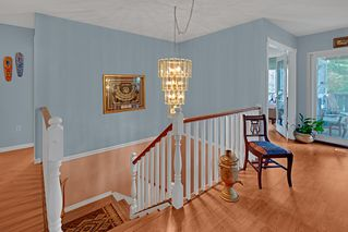 Photo 16: 2322 KIRKSTONE Road in North Vancouver: Lynn Valley House for sale : MLS®# R2478995