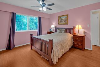 Photo 13: 2322 KIRKSTONE Road in North Vancouver: Lynn Valley House for sale : MLS®# R2478995