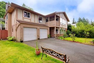 Photo 3: 2322 KIRKSTONE Road in North Vancouver: Lynn Valley House for sale : MLS®# R2478995