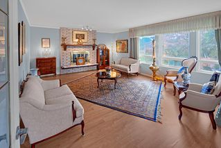 Photo 8: 2322 KIRKSTONE Road in North Vancouver: Lynn Valley House for sale : MLS®# R2478995
