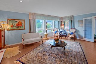 Photo 9: 2322 KIRKSTONE Road in North Vancouver: Lynn Valley House for sale : MLS®# R2478995