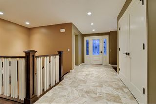 Photo 3: 527 WILDERNESS Drive SE in Calgary: Willow Park Detached for sale : MLS®# A1017962