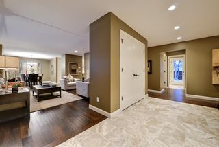 Photo 4: 527 WILDERNESS Drive SE in Calgary: Willow Park Detached for sale : MLS®# A1017962