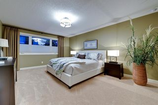 Photo 12: 527 WILDERNESS Drive SE in Calgary: Willow Park Detached for sale : MLS®# A1017962