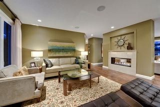Photo 8: 527 WILDERNESS Drive SE in Calgary: Willow Park Detached for sale : MLS®# A1017962