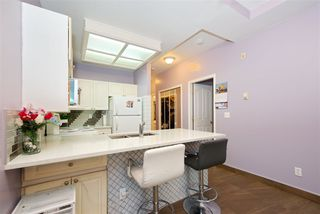 """Photo 7: 102 6475 CHESTER Street in Vancouver: South Vancouver Condo for sale in """"Southridge House"""" (Vancouver East)  : MLS®# R2510651"""