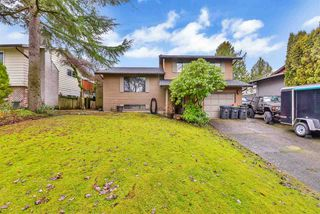 Main Photo: 6105 171A Street in Surrey: Cloverdale BC House for sale (Cloverdale)  : MLS®# R2525995
